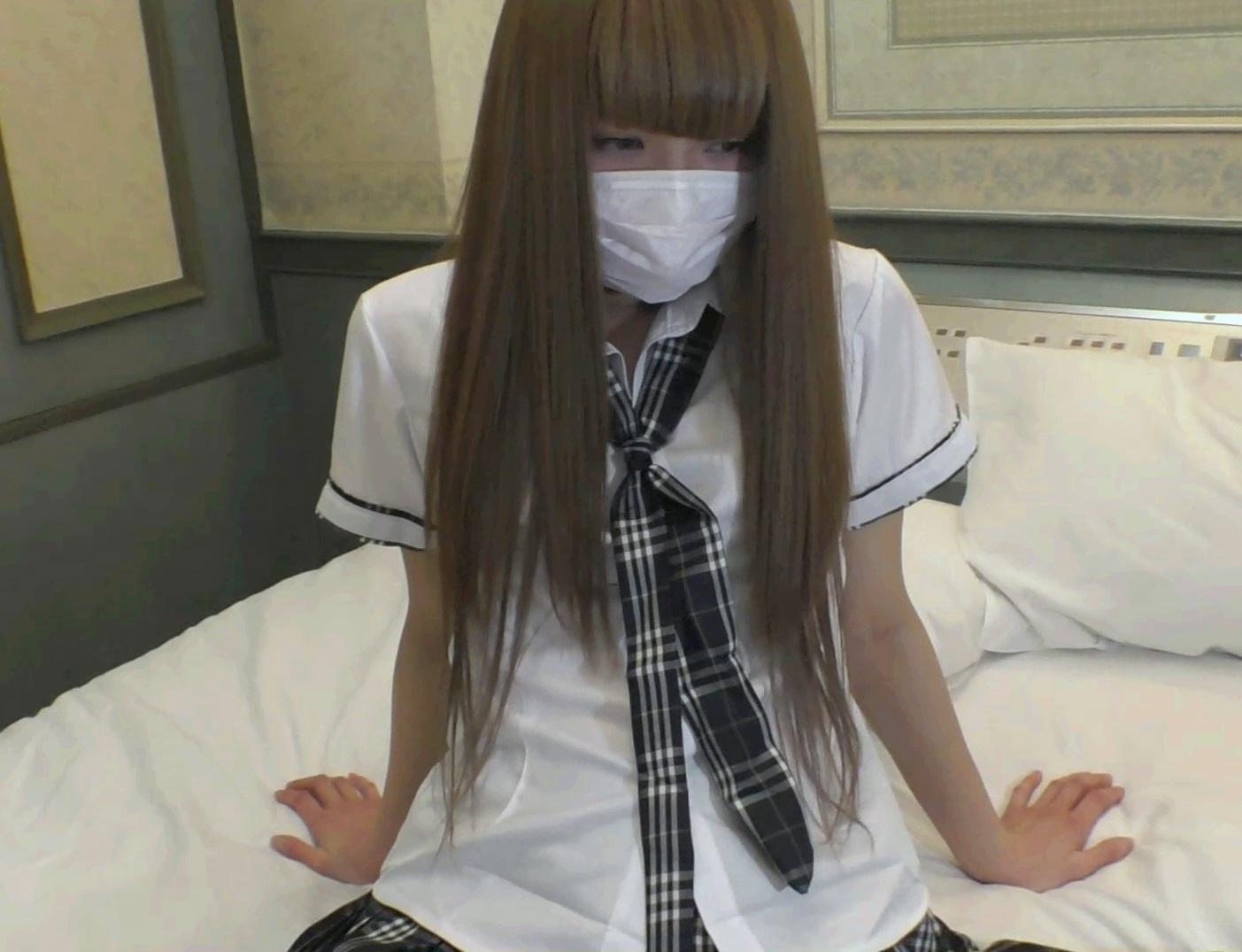 FC2 PPV 852426 アイドル並みに可愛い白ギャルパイパンにJ○制服で生セックス18歳・貧乳スレンダー体型【個人撮影】