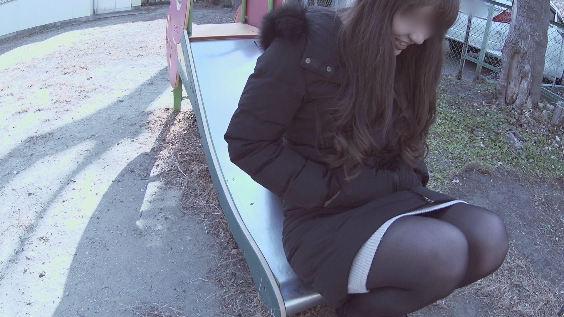 FC2 PPV 1066272 【無修正x個人撮影】ご近所さん SNSで繋がった普通なオンナの娘お誘い成功!脱がせてみたら綺麗な肌のナイスバディだった。【#裏垢】