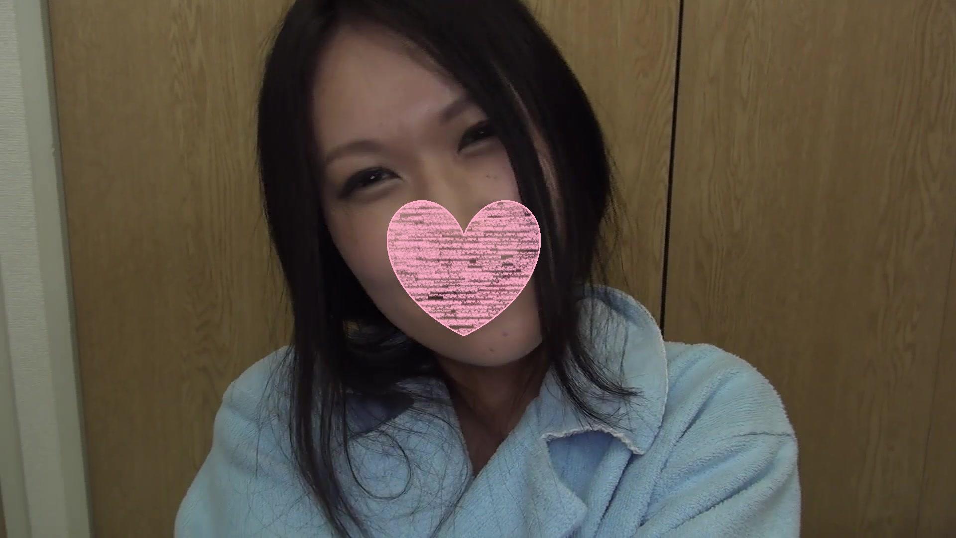 FC2 PPV 1190625 ☆完全顔出し☆従順敏感ドM娘が再び登場♥あえぎ、よがり、イキまくる!人生初の3Pは、至極の悶絶SEXでした!【特典付】