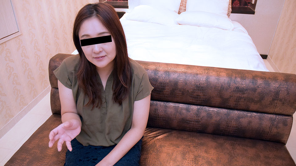 Pacopacomama 101818_358 Akiko Narita ギャンブルと肉棒に依存しています