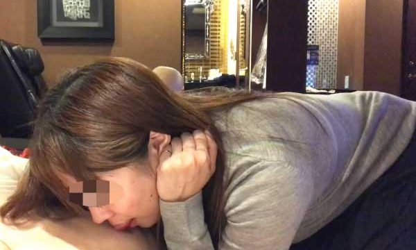 FC2 PPV 1264552 【ハメ撮り】他人棒なしでは生きていけないように調教されてきた人妻は他人の精液を中出しされる。