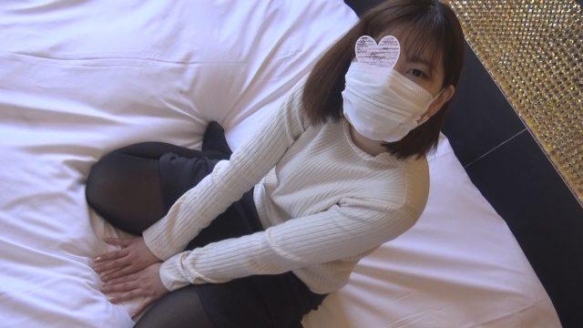 FC2 PPV 1387169 【個人撮影】りんか24歳 真面目で素朴なカフェ店員のムチムチお姉さんに大量中出し