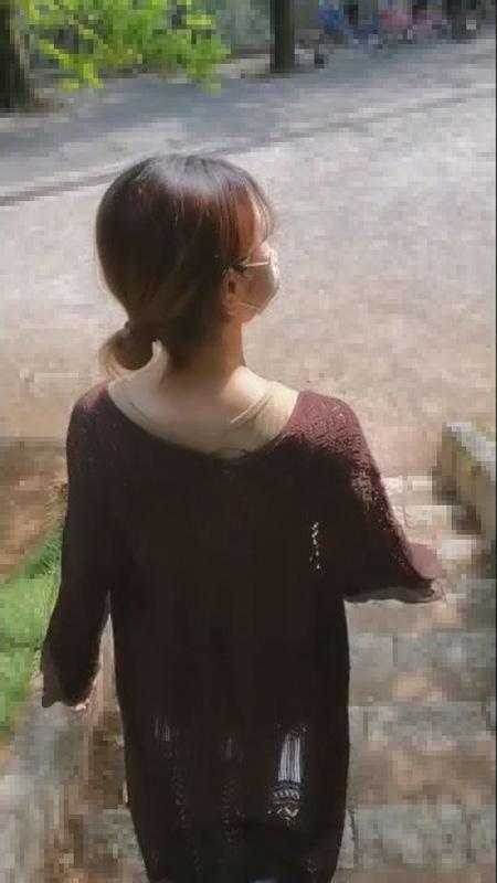 FC2 PPV 1422415 【無修正】超美形ハーフモデルの女の子と野外お散歩から中出し・乳首舐め手コキで連続射精(44分)