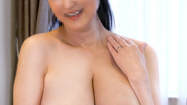 FC2 PPV 1434623 【個人】爆乳Gカップ奥さん55歳にハメ撮り強要。熟した豊満な身体を若いチンポでイカセ尽くす中出し性交【初回特別価格】