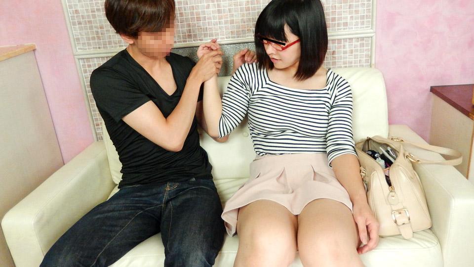 Pacopacomama 063020_323 Moe Sasaki 眼鏡の似合うレンタル若妻