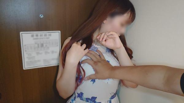 FC2 PPV 1552173 【個人撮影】欲求不満の友人妻を寝取り!色白のムチムチした体が他人棒に犯され悶えまくる!【顔出し・中出し】