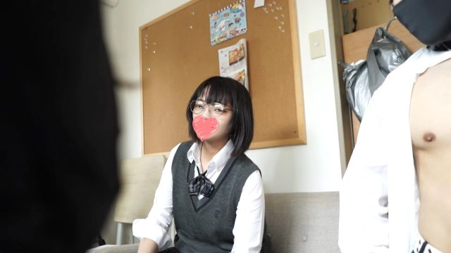FC2 PPV 1692217 31:【個撮】都立商業科のクラスメイト、不思議メンヘラな美少女。【4K画質】